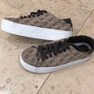 Guess monogram shoes platform sneakers